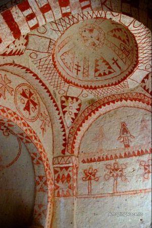 kapadokia biserici desene bizare