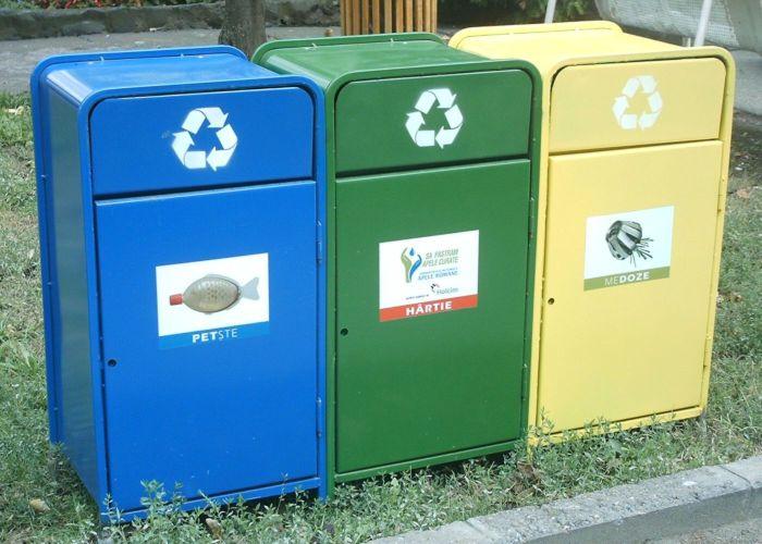Recycling_bins_Timisoara