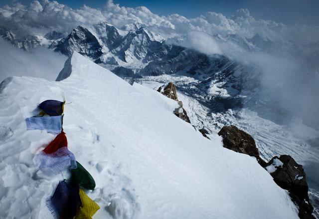 WEB_varful Shisha Pangma-8027m, vedere spre sud_foto Alex Gavan