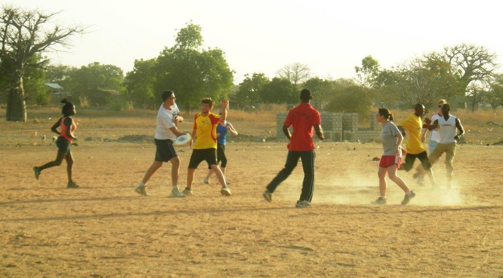 Frisbee in praf