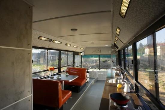 Bus-Home7-550x367