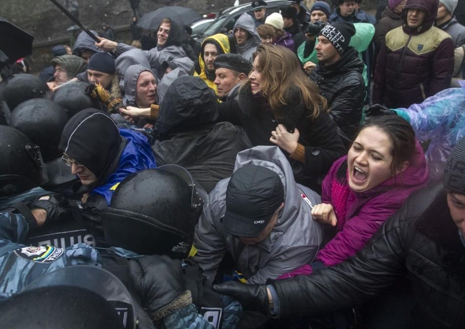 431320-ukraine-eu-demonstration