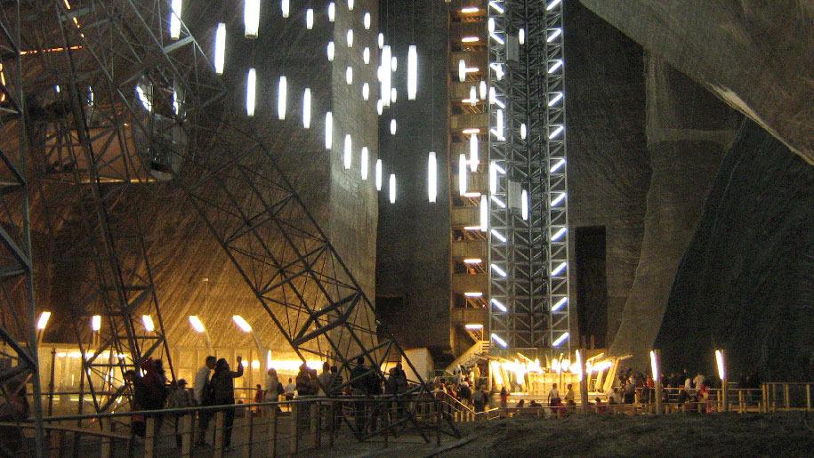 underground-museum-turda-salt-mine-romania-7