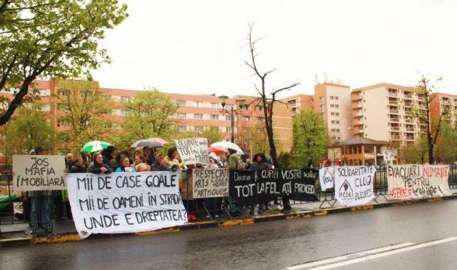 protest evacuari