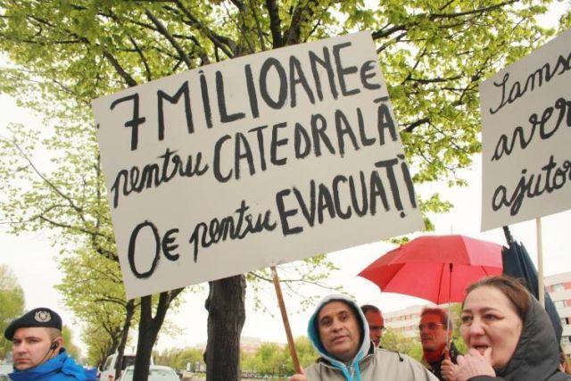 protest evacuari8