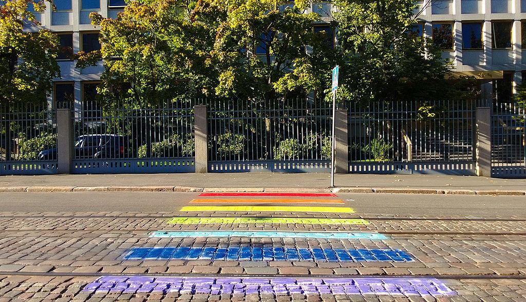 1024px-Russian_Embassy_in_Helsinki,_LGBT_pavement