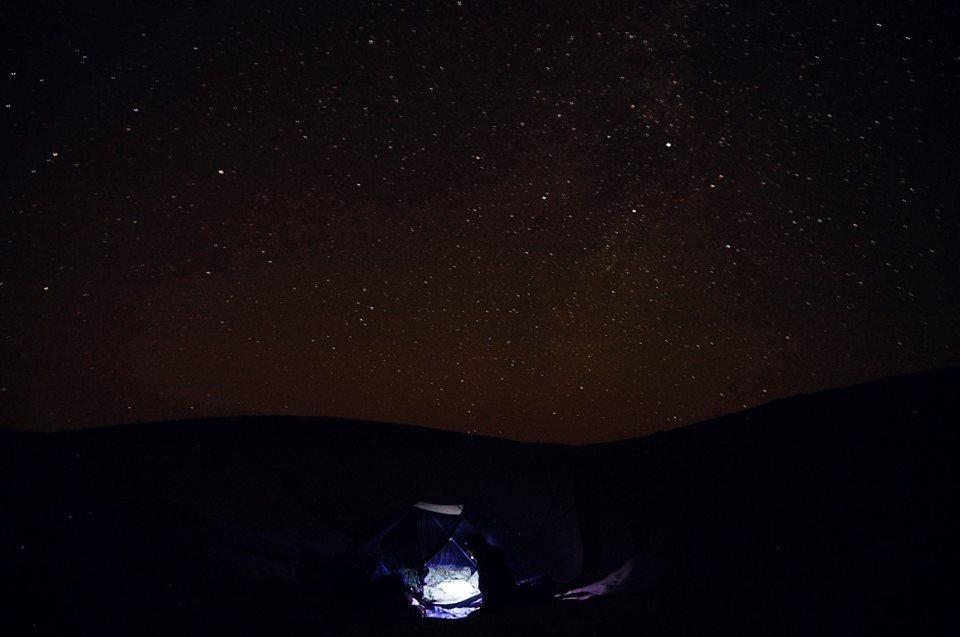 O noapte in desert