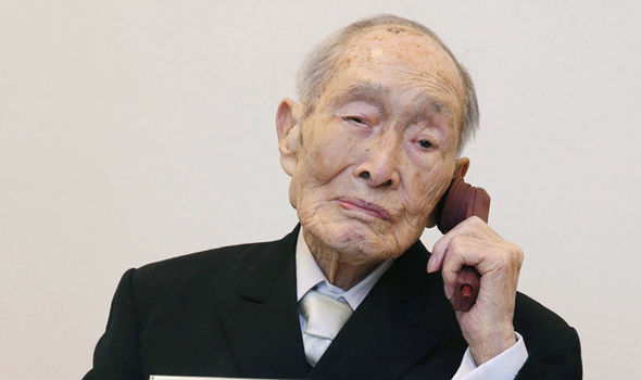 worlds-oldest-man-dies-Sakari-Momoi-589369
