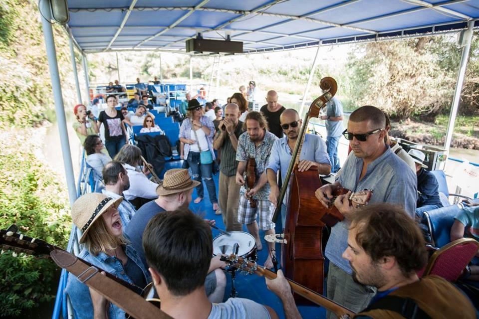 "Jam session ""Dichis'n'blues"" la Lacul Nebunu. Foto: Mircea Reștea"
