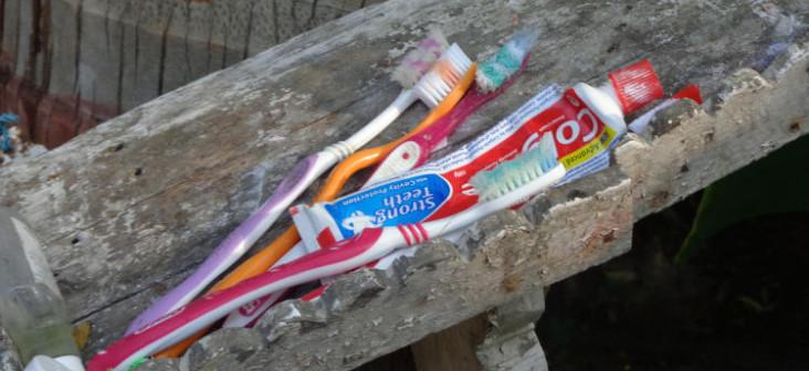 Periuțe de dinți ale unei familii din India