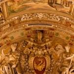 Papa Francisc a cerut un audit al averilor bisericești