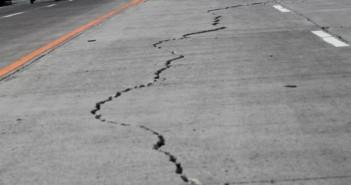 bohol-earthquake-road