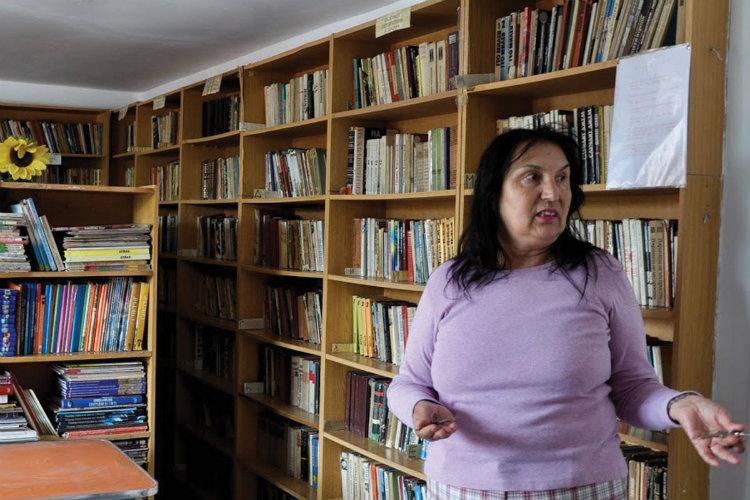 Zoya Simeonova la centrul comunitar pe care îl administrează în carterul Iztok, la 10 iunie 2015. Foto: Zornitsa Stoilova