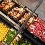 Legea împotriva risipei alimentare împiedică și mai mult oamenii nevoiași ..
