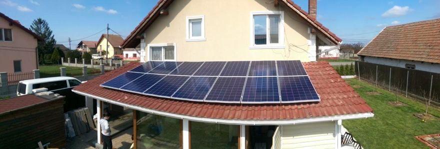 Sistem fotovoltaic instalat în Arad