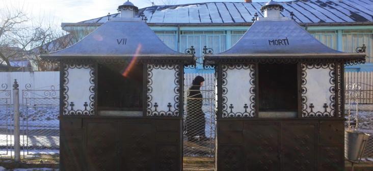 """Muzeul Vivant din Agapia, o ușă deschisă spre viața de zi cu zi a """"extraterestrelor"""" de la mănăstire"""